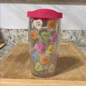 16 oz W/ LID TERVIS TUMBLER FEATURING CANDY HEARTS